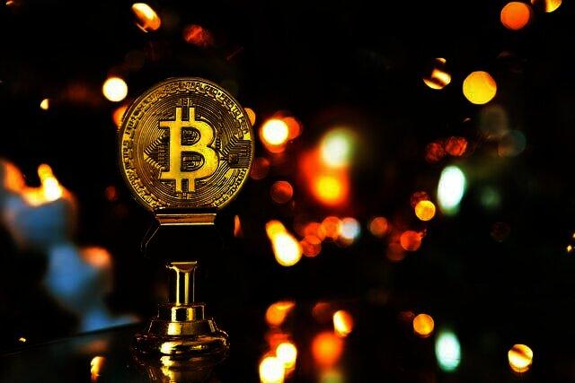 Bitcoin uitbraak komt eraan volgens hedgefonds met als doel $ 48.000 als maandelijkse afsluiting