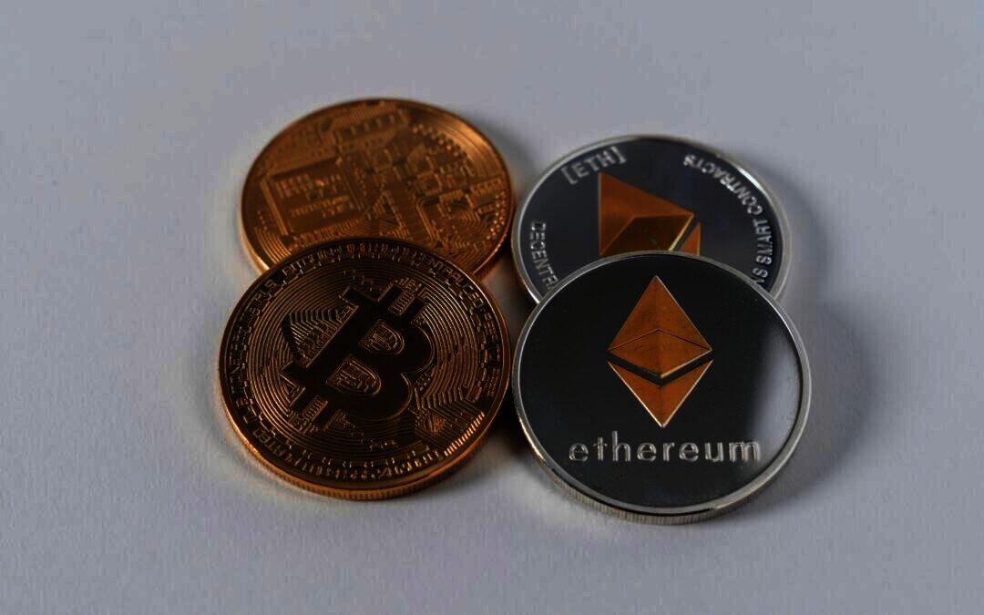 Whales kopen meer Bitcoin en houden Ether stevig vast volgens Santiment Data