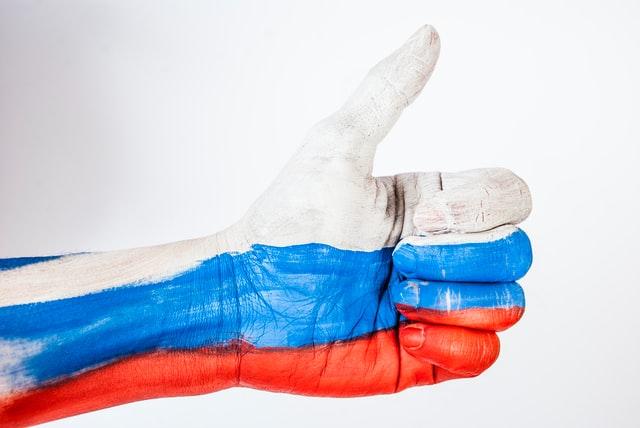 Meerderheid Russen zegt dat ze liever crypto's kopen dan traditionele activa